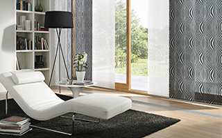 fl chenvorh nge f r grosse fenster und glasfronten mit sonnenschutz. Black Bedroom Furniture Sets. Home Design Ideas